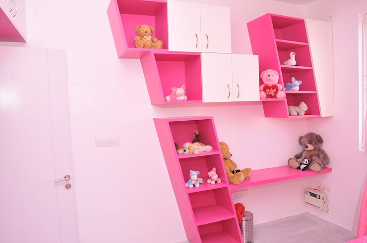 RESIDENT INTERIOR: classic Nursery/kid's room by Inshows Displays Private Limited