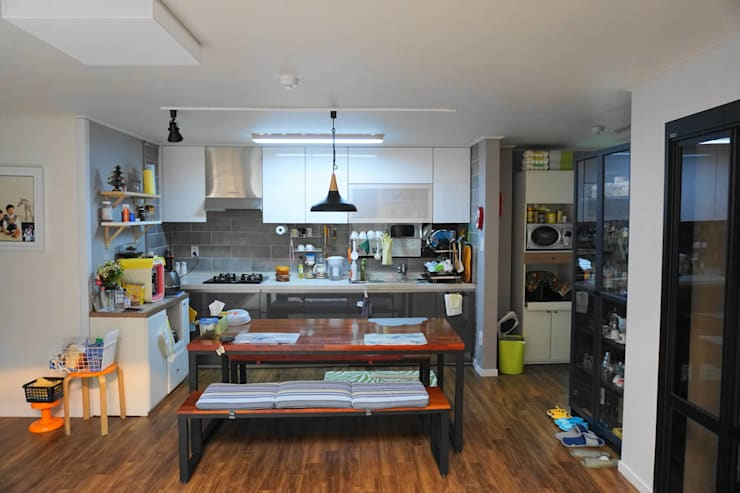 주방 및 식당: 건축그룹 [tam]의  주방,모던 금속