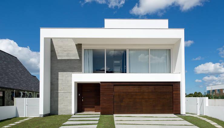 Rumah by Espaço do Traço arquitetura