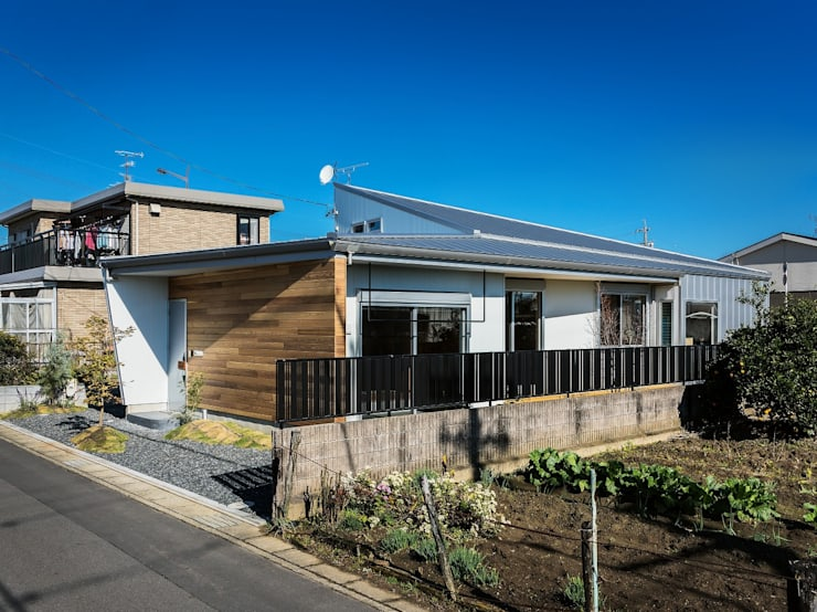 房子 by Ju Design 建築設計室