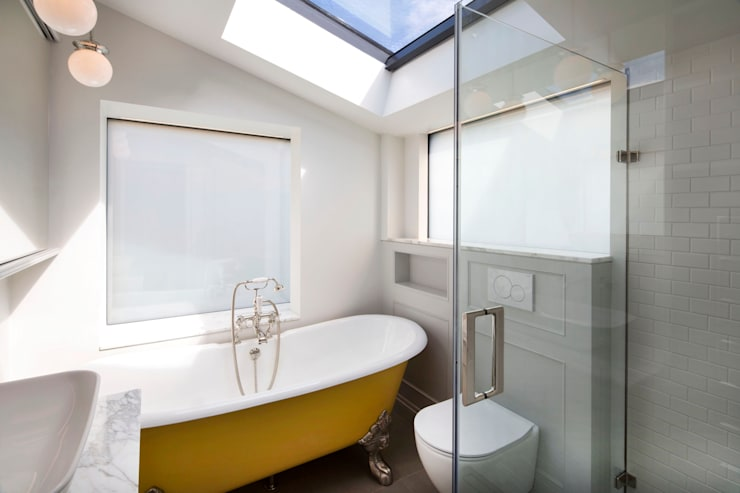 Bathroom Interior With Privacy Setting:  Bathroom by A2studio,