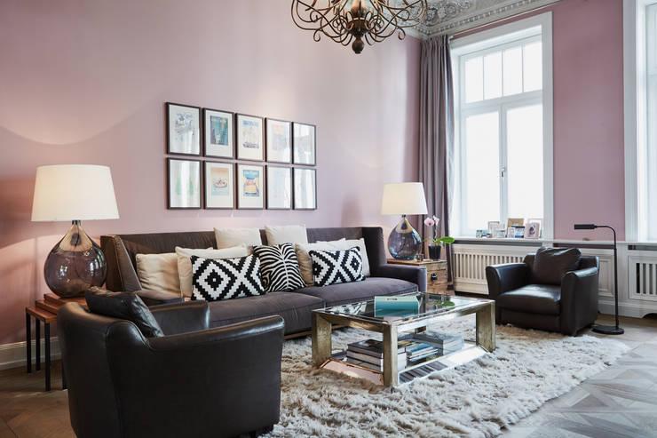 Umbau eines Stadthauses:  Wohnzimmer von Anja Lehne interior design