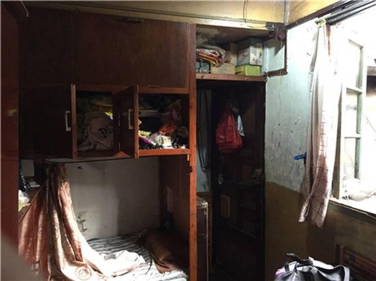 Một góc phòng ngủ trước khi cải tạo:  Phòng ngủ by Công ty TNHH Thiết Kế Xây Dựng Song Phát