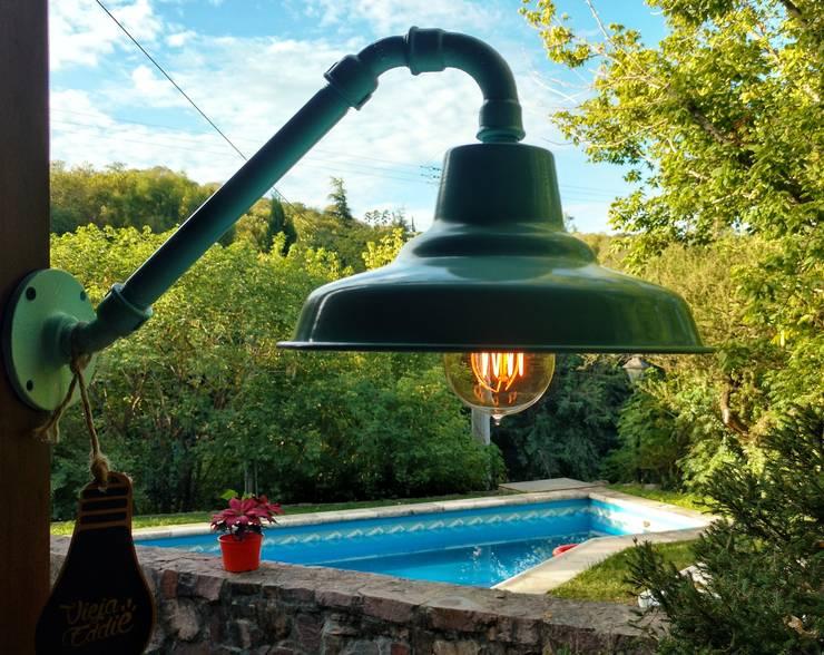 Garden  by Lamparas Vintage Vieja Eddie