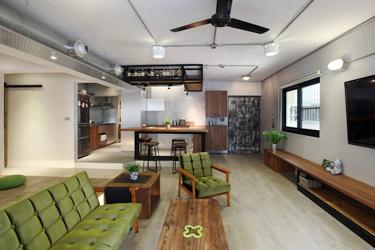 Living room by 森畊空間設計, Industrial Metal
