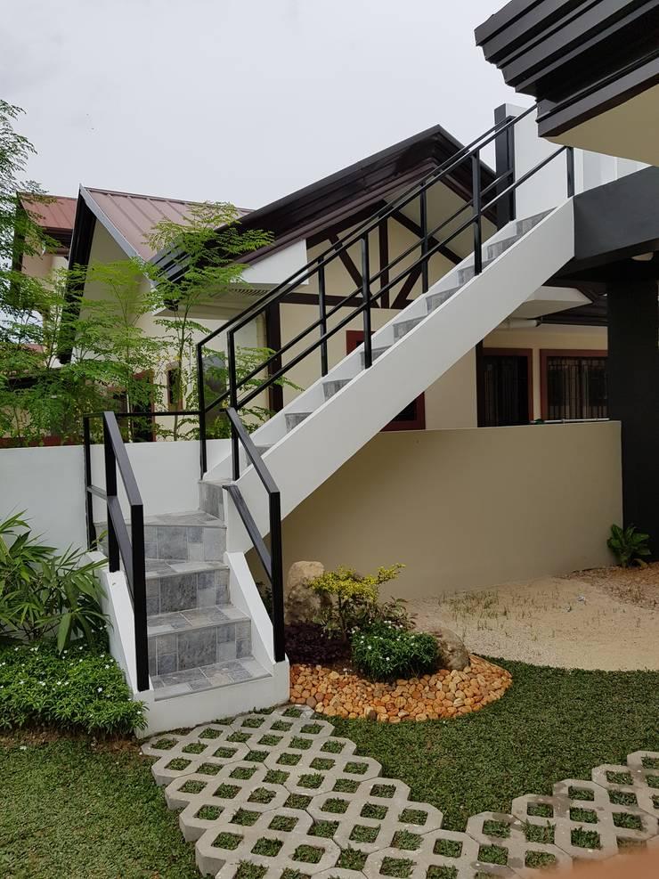 Vergara Family Residence:  Houses by Yaoto Design Studio