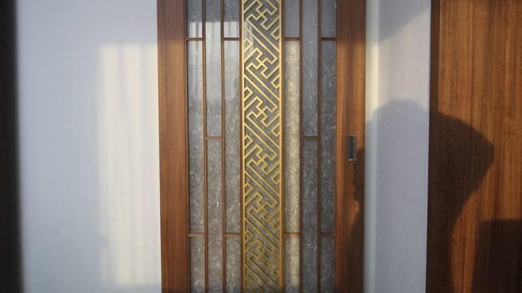 부여 석동리 전원주택 / 2F: 에이프릴디아의  문,