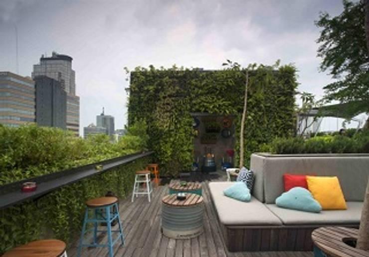 Jasa Pembuatan Vertical Garden dan Roof Top Garden:   by Toko Taman Landscape (Jasa Tukang Taman)
