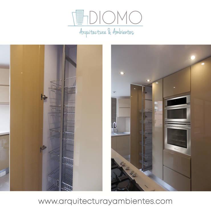Cocina y hornos.: Cocina de estilo  por Diomo Arquitectura y Ambientes