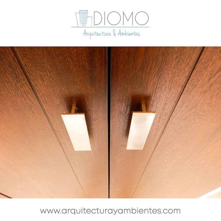 Carpintería - puertas : Puertas y ventanas de estilo moderno por Diomo Arquitectura y Ambientes