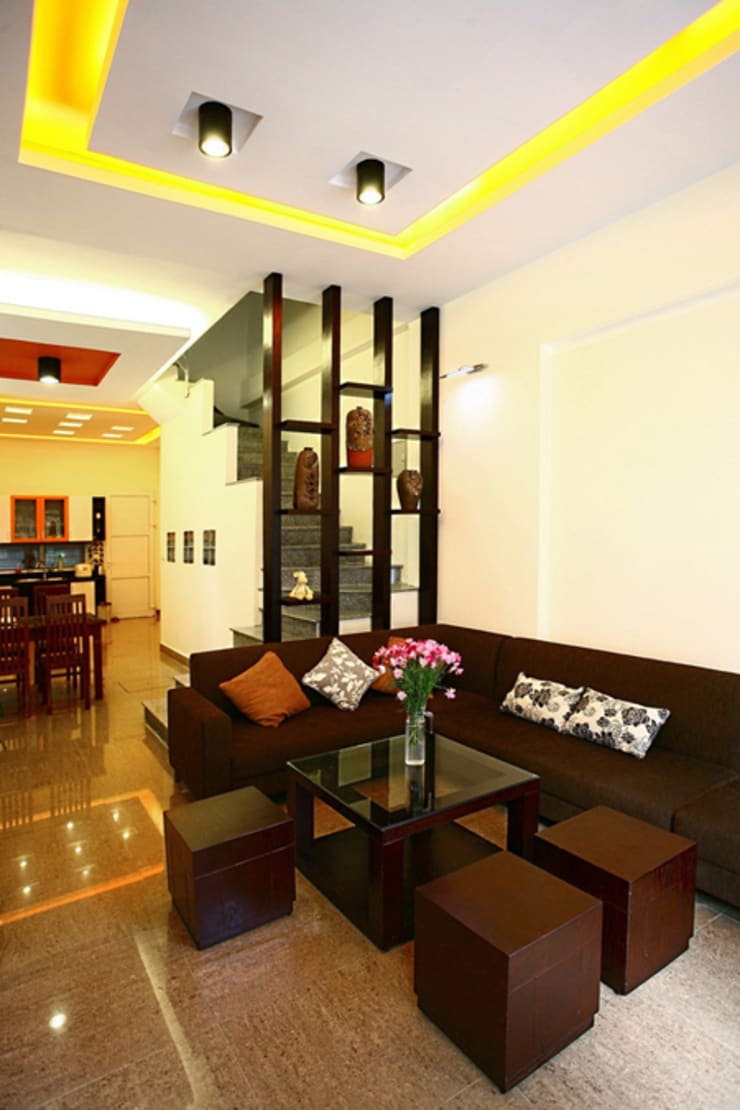 Thiết Kế Nhà Ống 3 Tầng Có Vườn Rau Trên Sân Thượng:  Phòng khách by Công ty TNHH Xây Dựng TM – DV Song Phát