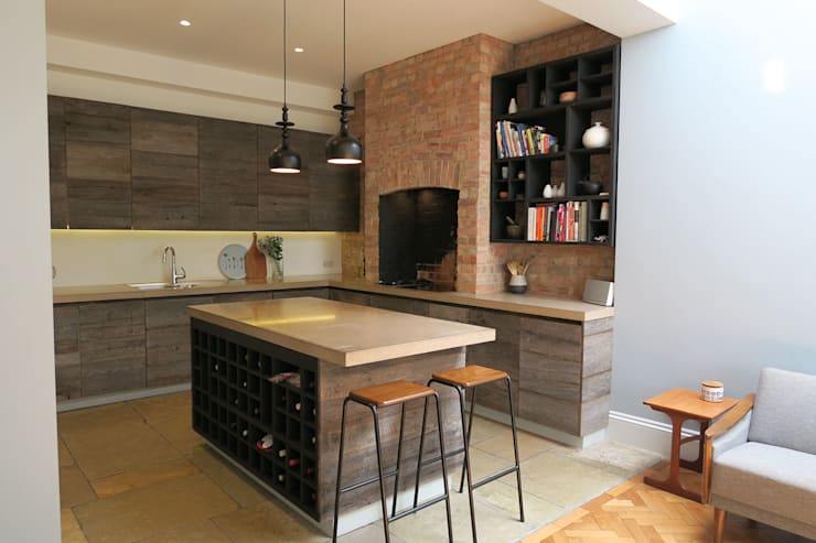 Kitchen:  Built-in kitchens by A2studio