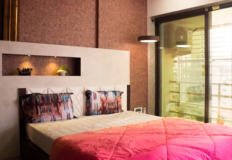 Residential Interior of 2bhk:  Bedroom by ENTWURF