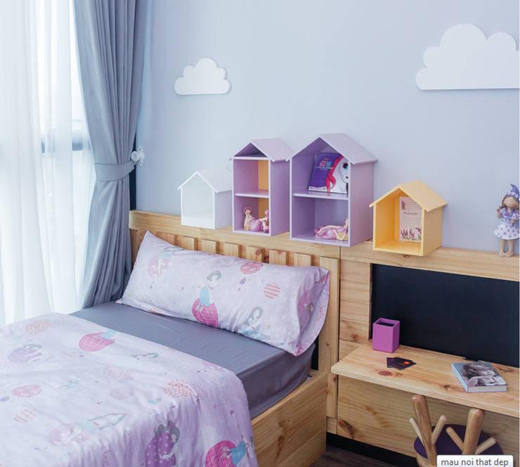 Phòng ngủ của con gái với phong cách đáng yêu.:  Phòng ngủ by Công ty TNHH Thiết Kế Xây Dựng Song Phát