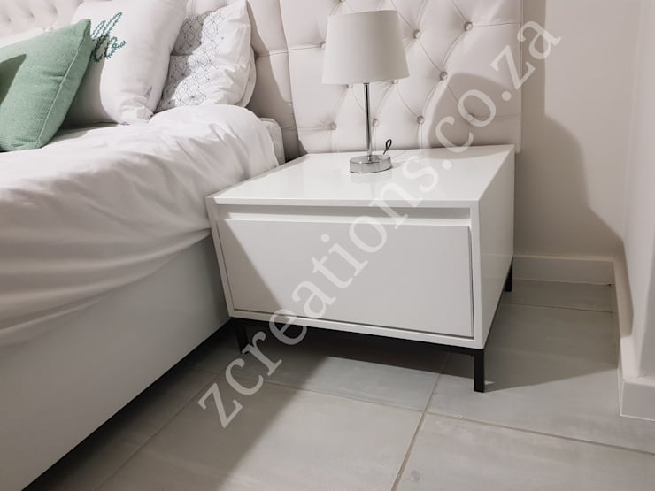 pedestal:  Bedroom by ZCreations
