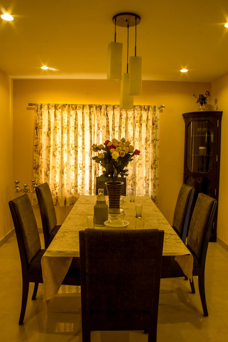 POISE House Design: classic Dining room by Poise