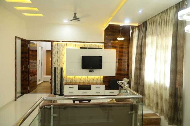 renovation of 8bhk house:  Living room by Alag Interior,Modern