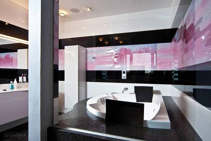 Ванная в современном стиле на Волжском Бульваре: Ванные комнаты в . Автор – Технологии дизайна, Модерн