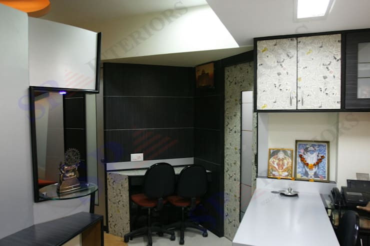 Marco Polo:  Office buildings by SP INTERIORS