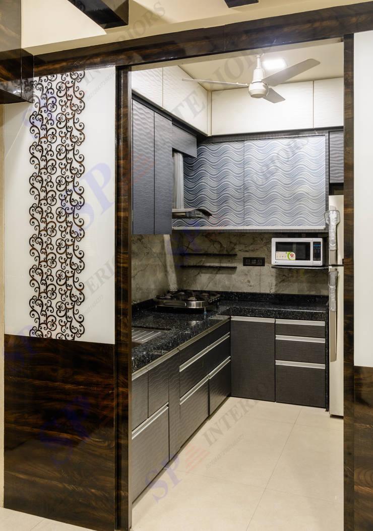 VarunJhaveri: modern Kitchen by SP INTERIORS