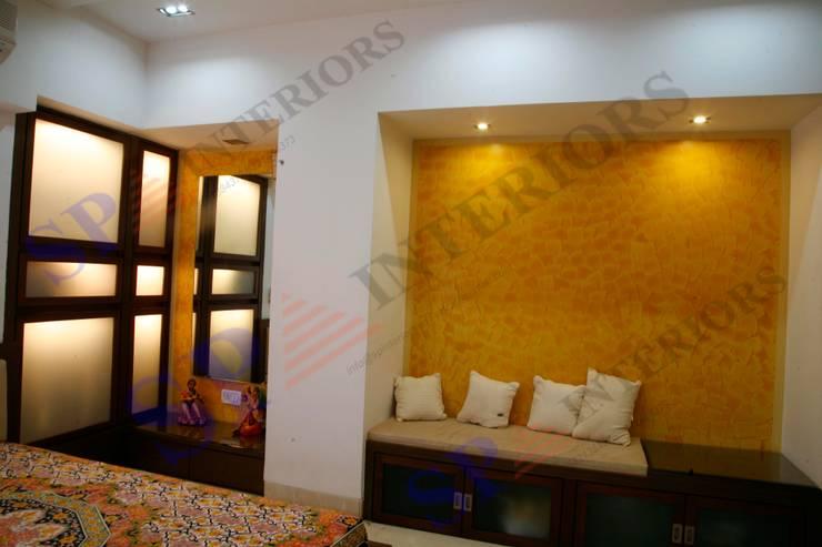 Shalin Jain: modern Living room by SP INTERIORS