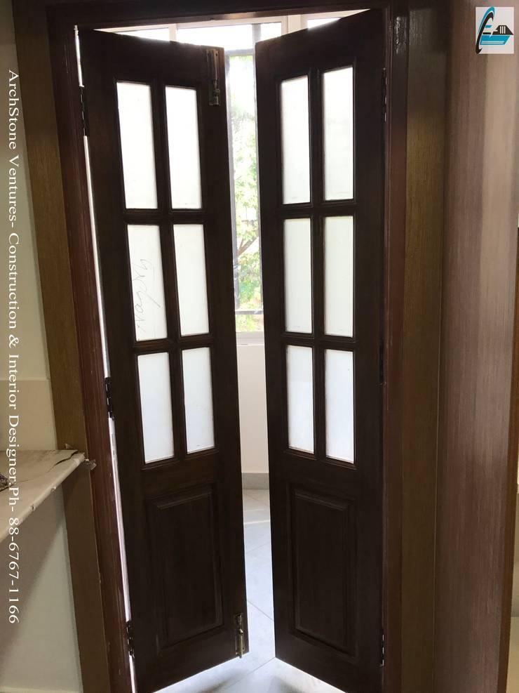 Mr Vodur Reddy's Villa:  Corridor & hallway by Archstone Ventures,Classic Wood Wood effect