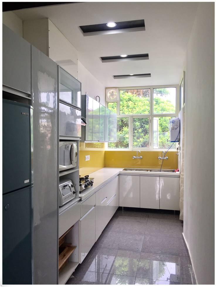 modern Kitchen by U and I Designs