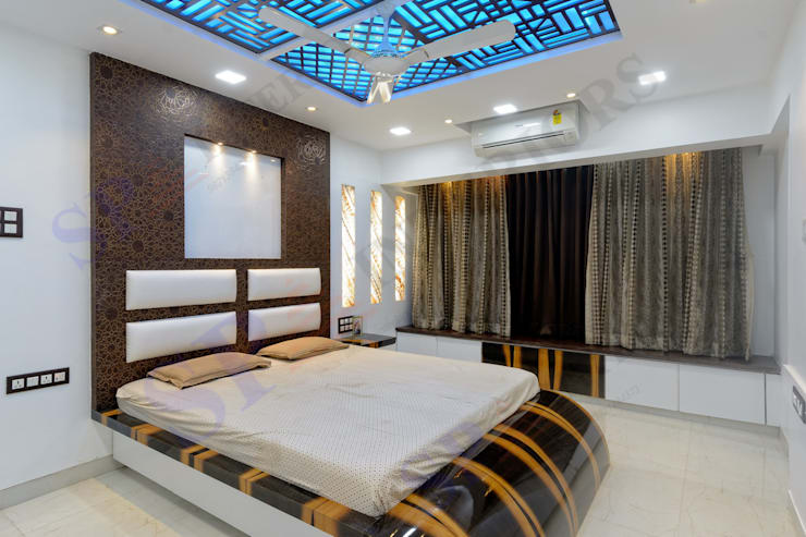 Rikin bhai:  Bedroom by SP INTERIORS