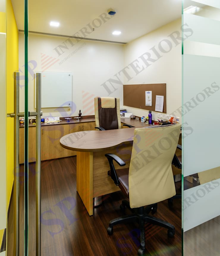 BCD Travels:  Office buildings by SP INTERIORS,Modern
