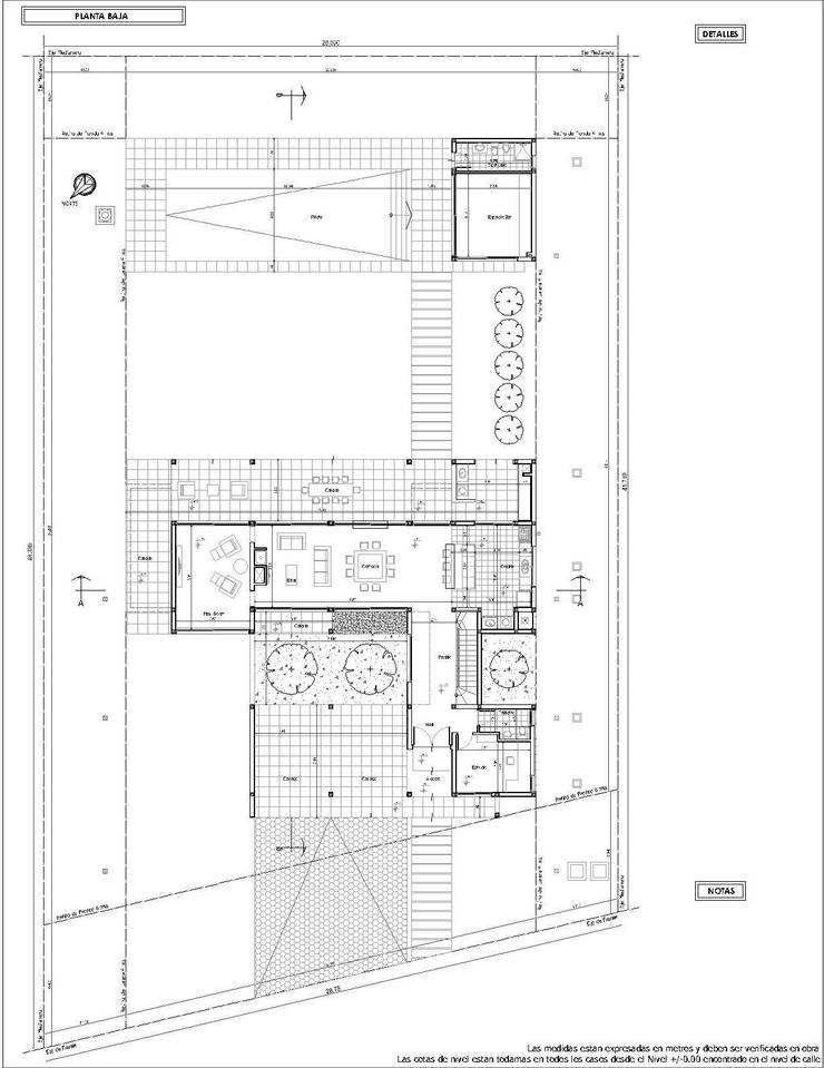Planta Baja: Casas unifamiliares de estilo  por I.S. ARQUITECTURA