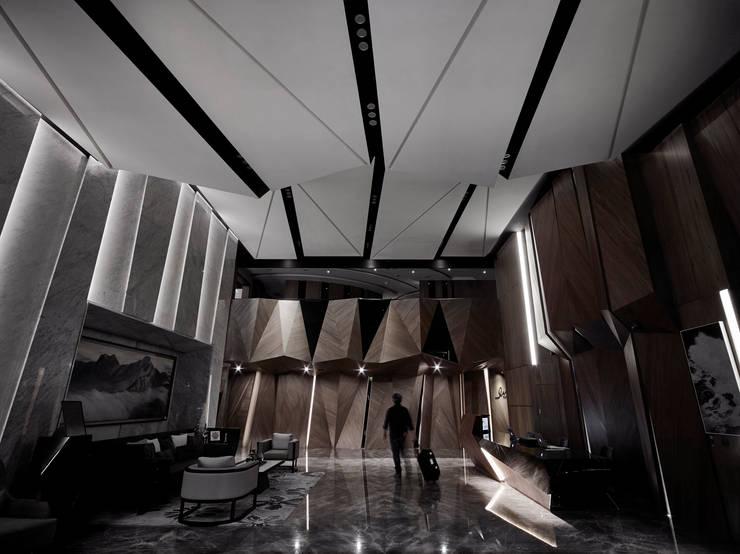 摺物 / 旅程:  飯店 by 騰龘空間設計有限公司