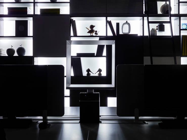 龘Ta / 框:  辦公室&店面 by 騰龘空間設計有限公司