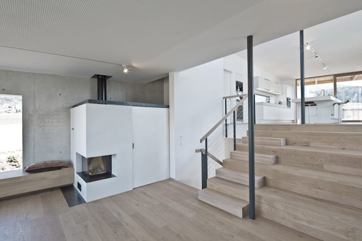markus fuchs architektur zt gmbhが手掛けたリビングルーム