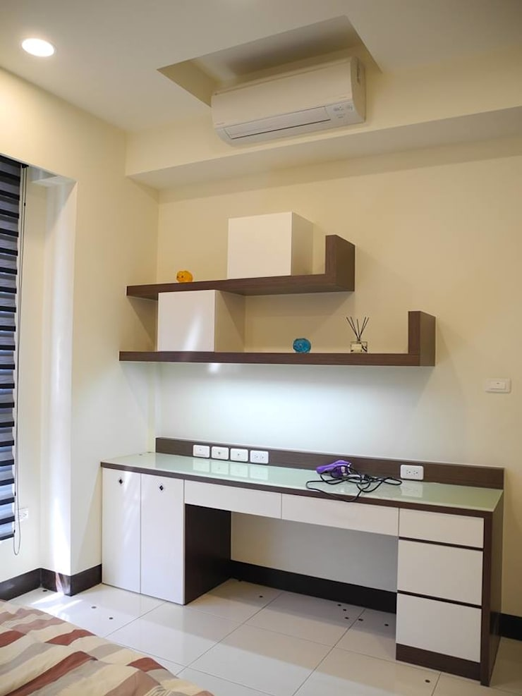 居家設計:  臥室 by 城藝室內裝修企業有限公司