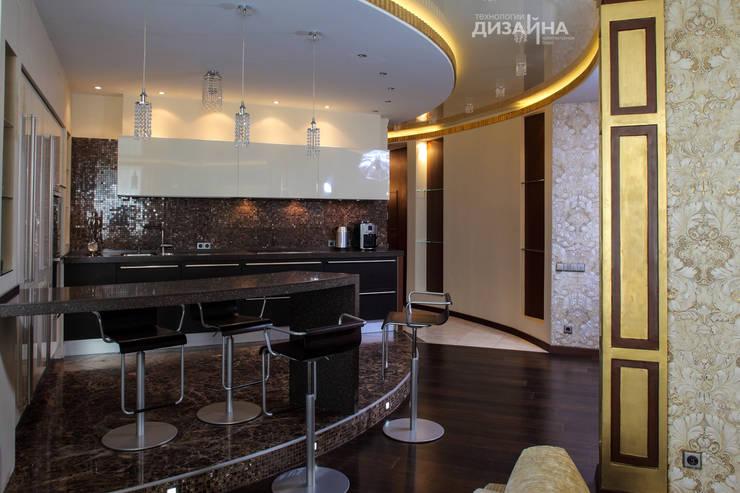 Кухня в стиле ар деко на пр. Маршала Жукова: Кухни в . Автор – Технологии дизайна,
