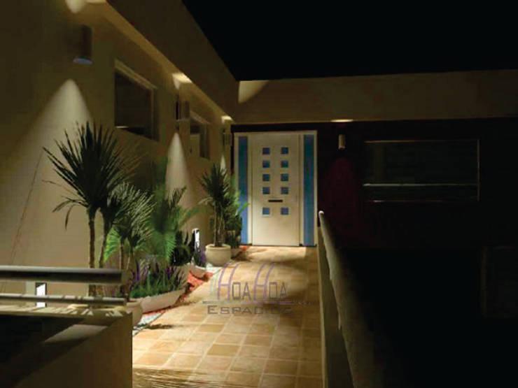 exterior: Casas unifamiliares de estilo  por HoaHoa Espacios SAS,