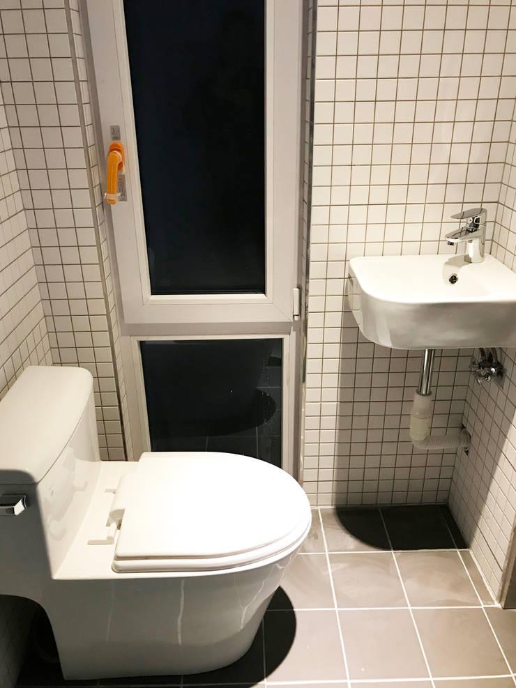 Salle de bains de style  par 마룸