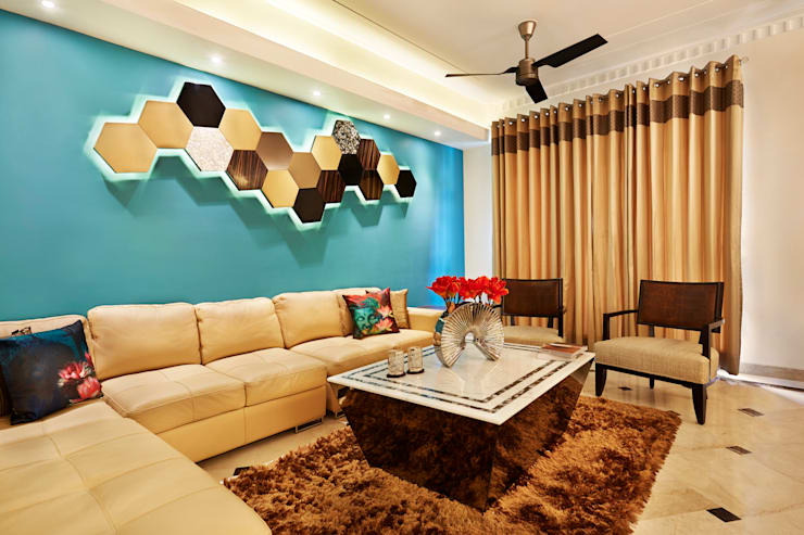CENTRAL PARK RESORT APARTMENT, GURGAON: eclectic Living room by Total Interiors Solutions Pvt. ltd.