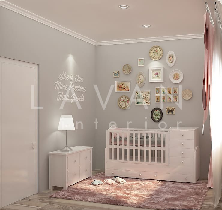 Shabby Chic Nursery Room:  Nursery/kid's room by Lavani Interior