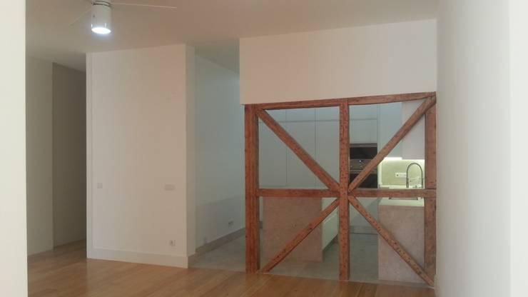 Apartamento Lisboa: Cozinhas modernas por BCA Arquitetura