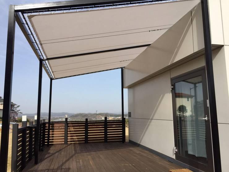 마룸 9평 복층: 마룸의  주택