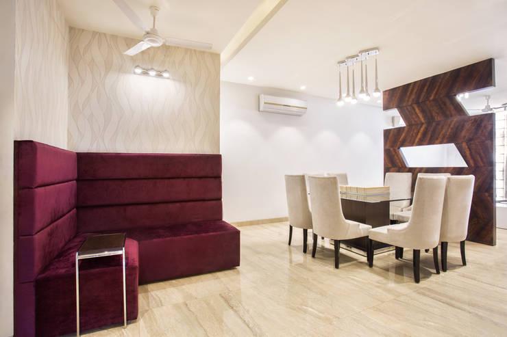 MALVIYA NAGAR RESIDENCE, NEW DELHI: eclectic Living room by Total Interiors Solutions Pvt. ltd.