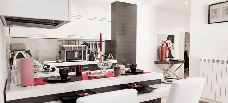 Kitchen by Arch. Della Santa Giorgio, Modern