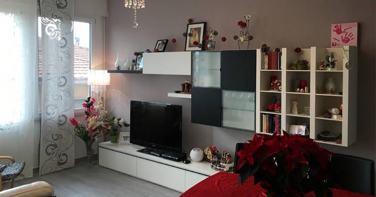Living room by Arch. Della Santa Giorgio, Modern