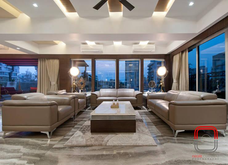 Juhu Residence:  Living room by neale castelino Photography