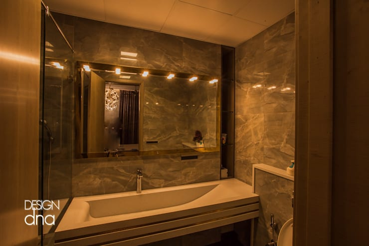 Aira Modern bathroom by Design Dna Modern