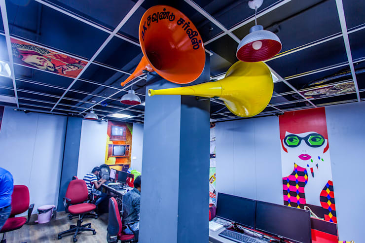 8K Media:  Offices & stores by Design Dna