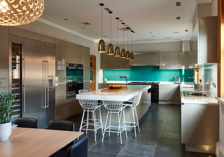 Kitchen by Suzanne Tucker Interiors