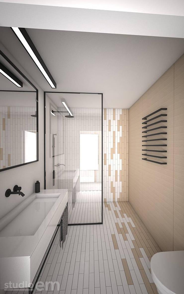 Interieurontwerp 3D impressie badkamer strak en minimalistisch:  Badkamer door Studio-em, Minimalistisch