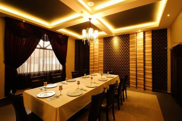 Tandoor Grill Restaurant:  Bars & clubs by Northmos Sdn Bhd